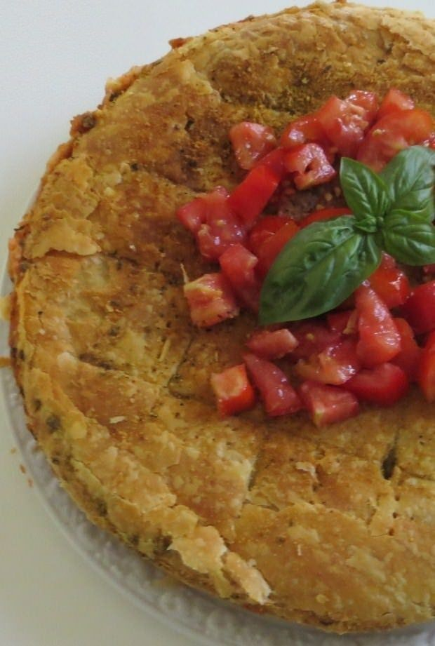 Foto torta salata di lasagne al pomodoro