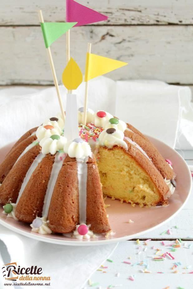 Foto chiffon cake di compleanno