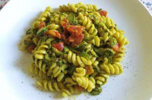 Fusilli affumicati in salsa di zucchine