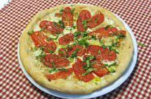 Pizza con bufala, San Marzano e limone