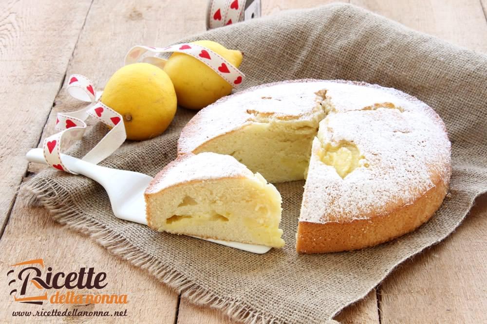 Torta sofficissima alla crema di limone ricette della nonna for Ricette torte semplici