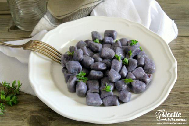Ricetta gnocchi di patate viola vitellotte