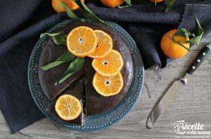 Torta alle clementine e ganache al cioccolato