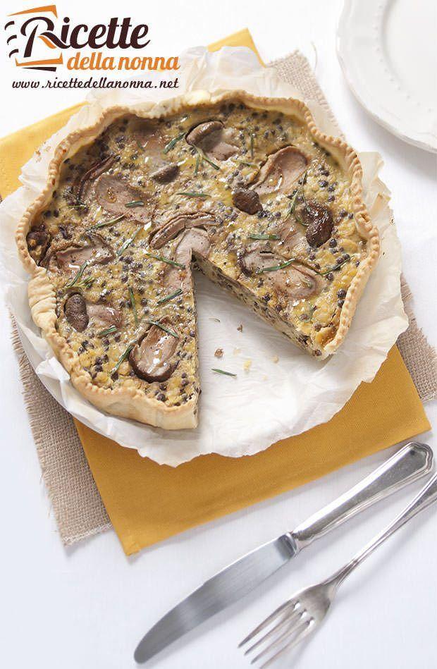 Foto torta salata funghi e lenticchie