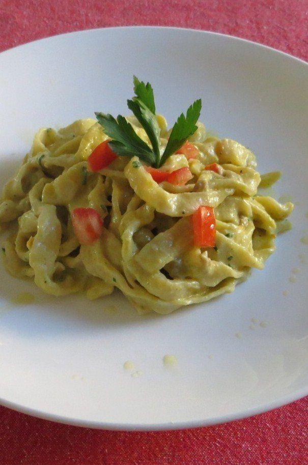 tagliatelle-alla-crema-di-carciofi-e-salsiccia-1