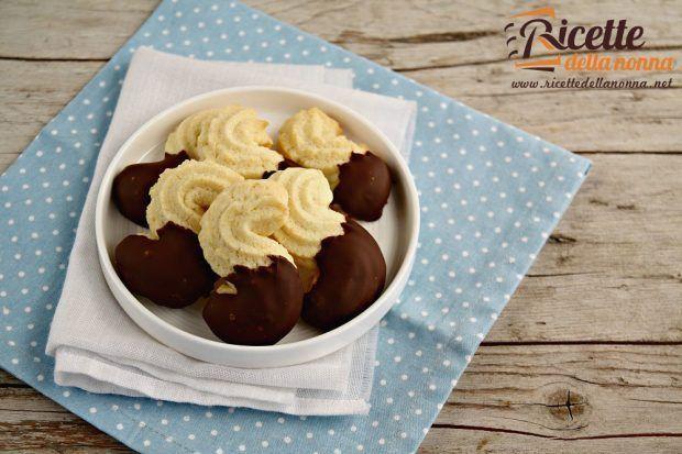 frollini-ricoperti-al-cioccolato