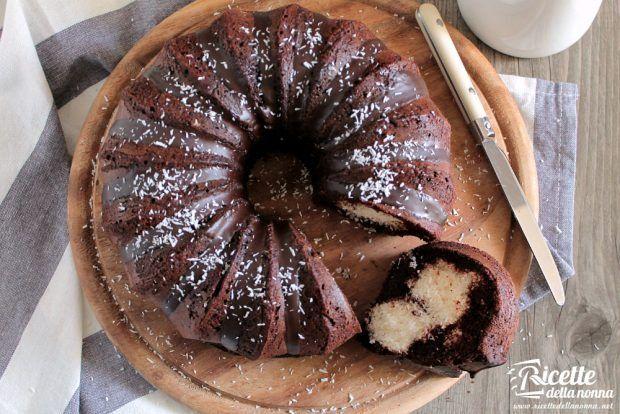 Ricetta bounty cake al cocco e cacao