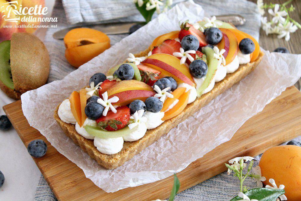 Crostata alla frutta senza cottura ricette della nonna - Contorno di immagini di frutta ...