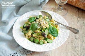 Gli spätzle tirolesi al farro e verdure di primavera