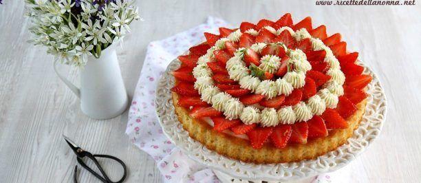 torta-con-crema-al-lime-fragole