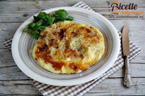 Torta di patate, prosciutto e mozzarella in padella