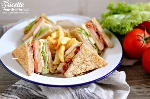 Club sandwich di pollo