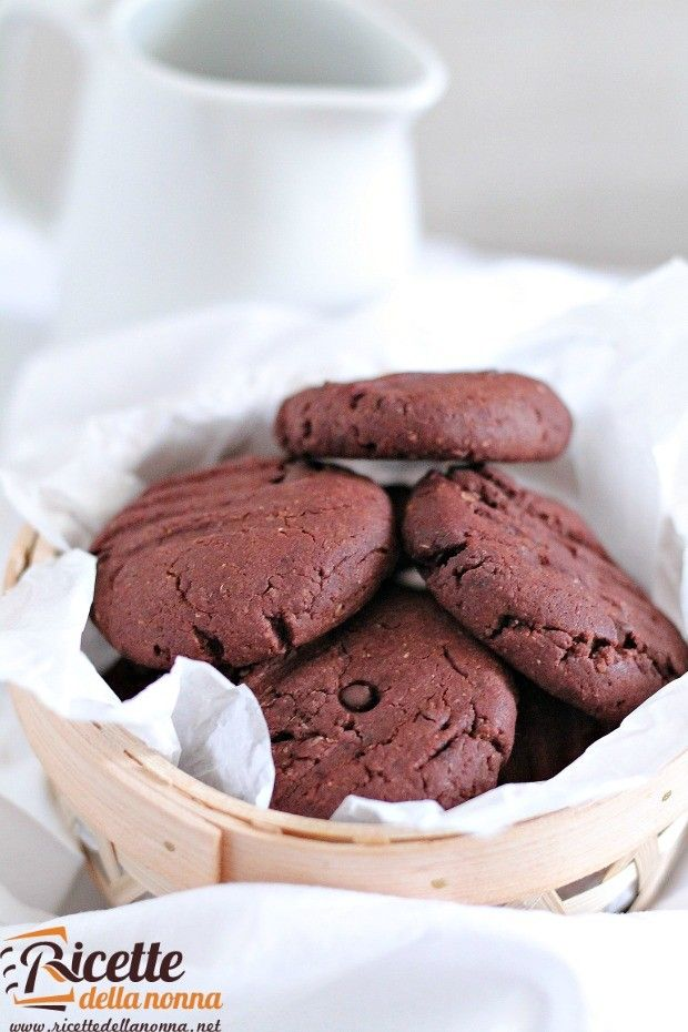 Foto biscotti al doppio cioccolato senza uova e senza burro