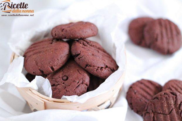 Ricetta biscotti al doppio cioccolato senza uova e senza burro