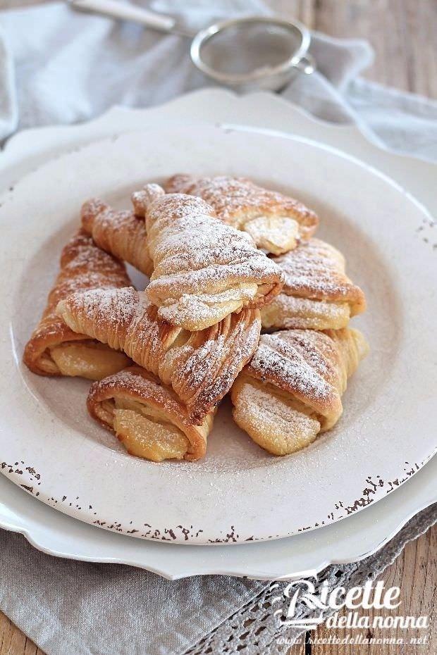 Foto Sfogliatelle ricce napoletane - ricetta veloce