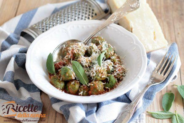 Gnudi toscani alla ricotta e spinaci