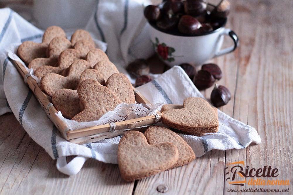 Biscotti alla farina di castagne ricette della nonna for Ricette castagne