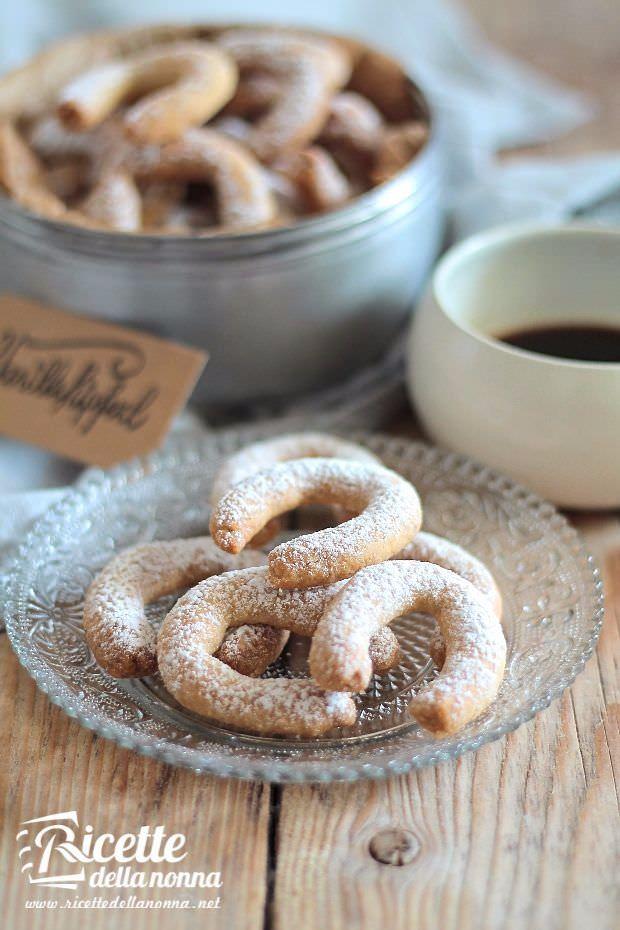 foto vanillekipferl, biscottini tedeschi alla vaniglia