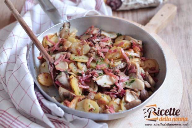 Ricetta rosticciata di patate e funghi alla trentina
