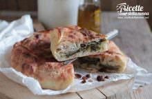 Pizza di scarola napoletana