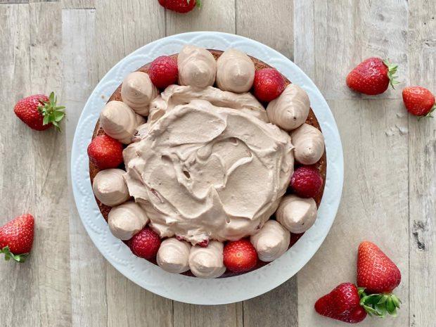 Preparazione Naked Cake al cioccolato